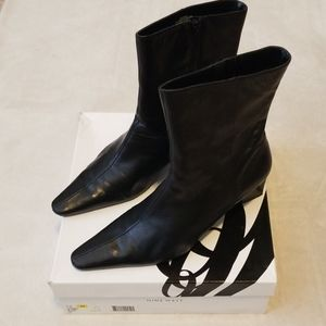 Women's Short Heel Boots